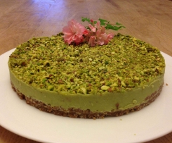 Avocado and lime raw cheesecake