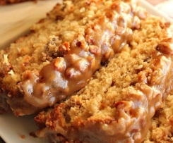 Yummy Apple Pecan Bread with Praline topping
